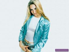 <b>And by Cher Horowitz, I really mean Alicia Silverstone.</b> Who had some amazing and bizarre fashion moments.