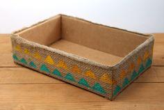 make burlap storage box