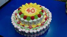 Tarta de golosinas para celebrar unos dulces 40, elaborada por Duldi Lleida.