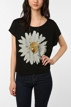 *** Love. Great cut. Actually like the graphic. Super cute. Good price for Urban Outfitters. Diggin' it! ***