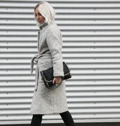 Silver Linings #silver #ganni #teddy #coat #stellamccartney #stilnest #streetstyle #stylediary #fashionblog #winter #inspiration