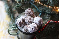 No Bake Coffee Balls: Easy Coffee Flavored Cookies