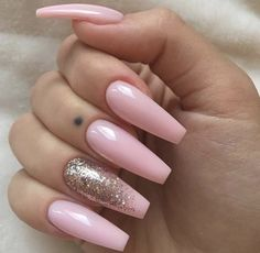 Pink gold nails, baby pink nails with glitter, baby pink nails acrylic, acr Nail Art Designs, Acrylic Nail Designs, Nails Design, Hair And Nails, My Nails, Fade Nails, Pink Nail Art, Pink Art, Manicure E Pedicure