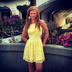 Summer feeling! #yellow#dress#summer#night#in#mogan#family#holiday#grancanaria#summerfeeling#happy#happyness#love##pink#flowers - @minasophieee- #webstagram