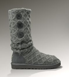 grey uggs. I want these!