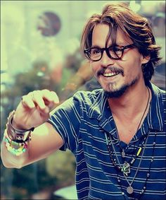 Johnny Depp so cute, glasses, beard, hand, eye candy, male actor, genious, brilliant, sexy, hot, versatile, portrait, photo