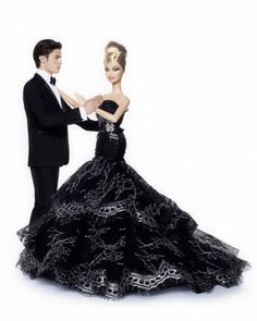 told u that barbies are #barbies #wedding www.BlueRainbowDesign.com