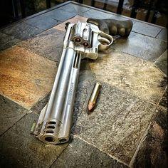 S&W Model 500 in .500 S&W Magnum