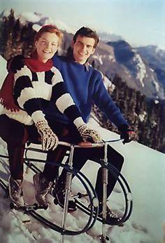 image Romy Schneider, Magda Schneider, Goofy Couples, Alain Delon, Best Couple, Beautiful Couple, Art Images, 1950s, Friday