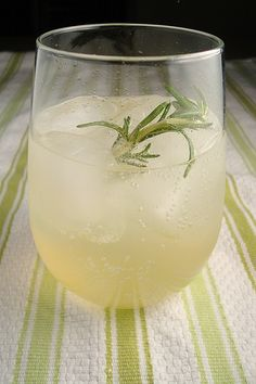 Vodka Rosemary Lemonade Fizz    1 cup fresh lemon juice  1 cup sugar  2 (8-inch) rosemary sprigs  1/2 cup vodka  Chilled club soda or seltzer