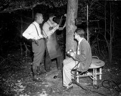 In 1949, State's Attorney Officer John Sojat and Police Lt. James Oakey watched the police crime lab use a fluoroscope with a portable power unit look for bullets in a tree. (Bank robbers who killed guards had target practice in the woods. Police hoped to find bullets matching to those guns but after 150 trees, found none) The fluoroscope, a type of X-ray machine, is often used to scan bodies, in order to obtain information about foreign objects inside them without resorting to autopsy.