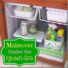 Under the Sink Kitchen Makeover  #organzingtips #organizingideas #momstuff