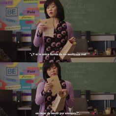 Quizás en algún momento juzgaste a Hannah, y a pesar de que la decisión fue de ella y de nadie más, no puedes más que contagiarte de su nostalgia.