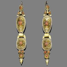 A pair of late century gold and garnet pendent earrings, probably Catalan Garnet Earrings, Gold Earrings, Georgian Era, Art Deco Period, Antique Jewellery, 18th Century, Jewelry Accessories, Bling, Pairs