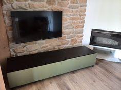 Calidos muebles de hogar para su salón.Mueble TV para casa payesa en Ibiza. Interiorista Núria Hortoneda, DYD Ibiza.