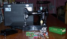 1956 Singer Featherweight Sewing Machine by HistoricalSalvage, $525.00