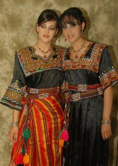 Robe broderie kabyle                                                                                                                                                     Plus