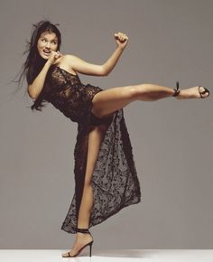 Kelly Hu about Her Martial Arts - Kelly Hu - Zimbio Kelly Hu, Female Martial Artists, Martial Arts Women, Female Art, Martial Arts Movies, Karate Kick, Karate Karate, Ju Jitsu, Action Poses