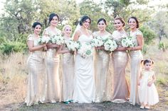 Floral: Wild Bunches Floral, Dripping Springs TX Photo: Laura Kelly Photography