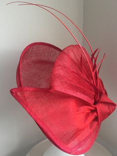 ~ Ready to ship ~ Standard shipping to the US 7-9 business days. EXPRESS to the US 5-7 business days.  Stunning oversized red fascinator headband. Perfect for spring race-day, Kentucky Derby / Oaks Day, wedding, tea-party, baby shower, red hat society or special event. Available