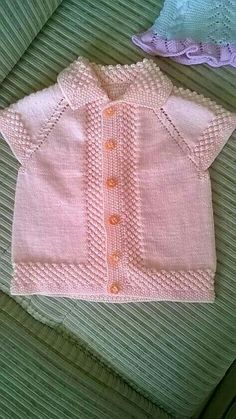 – Knitting patterns, knitting designs, knitting for beginners. Baby Cardigan Knitting Pattern, Easy Knitting Patterns, Knitting For Kids, Knitting Designs, Baby Patterns, Free Knitting, Baby Knitting, Simple Knitting, Knitting Projects