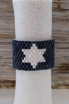 Peyotering metallicblau matt mit weißem Stern von nicisPerlenzauber