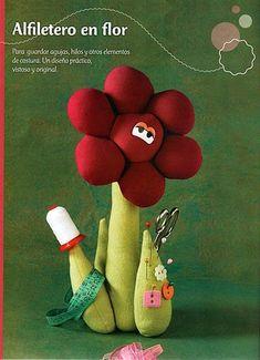 Eu Amo Artesanato: Alfineteiro de flor