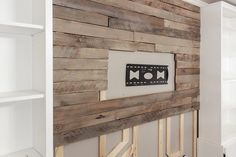 How to build a pallet accent wall in an afternoon. Includes tips on safe pallets… How to build a pallet accent wall in an afternoon. Includes tips on safe pallets to use, and building wire pathways for mounting a TV. Pallet Accent Wall, Wooden Accent Wall, Pallet Walls, Pallet Furniture, Wood Wall, Accent Walls, Wall Tv, Diy Pallet Projects, Wood Projects