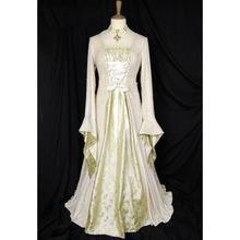 Атласное платье викторианский стиль