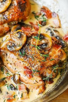 Chicken Thighs with Creamy Bacon Mushroom Thyme Sauce – baked chicken thighs perfectly complemented with flavorful mushroom and bacon sauce. Pure comfort food – chicken dark meat is delicious in a creamy sauce! Fresh thyme is key in this recipe. I used ab Best Chicken Thigh Recipe, Keto Chicken Thighs, Recipe Chicken, Chicken Thighs With Mushrooms, Chicken Thighs In Crockpot, Healthy Chicken Thigh Recipes, Bacon Stuffed Mushrooms, Bacon Mushroom, Mushroom Sauce