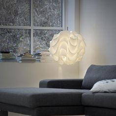 Details:The Illuminating Experiences Le Klint 172A Pendant is an example of modern origami. The White plastic shade is is pressed with the desired shape and the