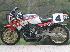 Style Per Pound: FZ750 Ducati, Yamaha Fz, Stephen Thompson, Guy Martin, Racing Motorcycles, Vintage Motorcycles, Motorcycle Touring, Dual Sport, Moto Guzzi