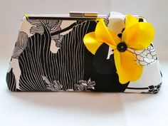Clutch purse for bridesmaid prom or spring by BeckysPurseBoutique, $40.00