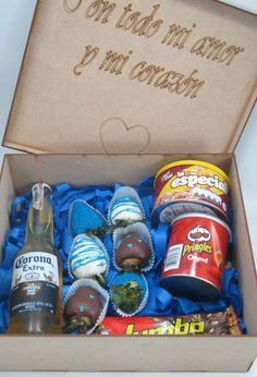 Caja de Amor y Amistad para Ellos Corona Extra, The Originals, Surprise Gifts, Friendship, Crates, Manualidades