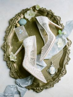 Old World Wedding Inspiration at The Contemporary Austin - Bajan Wed Pretty Shoes, Beautiful Shoes, Beautiful Women, Bridal Shoes, Wedding Shoes, Wedding Dresses, The Contemporary Austin, Luxury Wedding, Dream Wedding