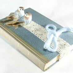 """Ringbuch """"Hochland Zauber"""" www.yournique.de #yournique #Ringbuch #Ringkissen #Ringschale #Kanzashi #Handmade #Hochzeit #Stoffblüte #Stoffblume"""