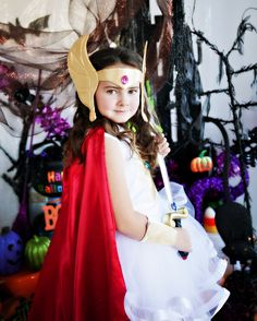 She-Ra costume - no pattern just winged it! Photo by Moxie Photo Studio She Ra Costume, Halloween Ideas, Halloween Costumes, Dress Up Boxes, Photo Studio, Trick Or Treat, Dressing, Party Ideas, Cosplay
