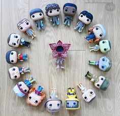 Woah I need to have all these . Stranger Things Merchandise, Stranger Things Funko Pop, Stranger Things Actors, Stranger Things Aesthetic, Stranger Things Funny, Eleven Stranger Things, Stranger Things Netflix, Funko Pop Display, Funko Pop Dolls