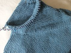 p/mein-erster-pulli-armel-anstricken delivers online tools that help you to stay in control of your personal information and protect your online privacy. Raglan Pullover, Ravelry, Knitted Hats, Knitting Patterns, Knit Crochet, Barbie, Sweaters, Blog, Board