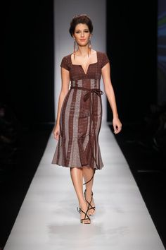Bongiwe Walaza #AfricaFashion #AfricanPrints--the lines on this make this very sleek and industrial. #wardrobechallenge