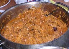 Bigos z kapusty pekińskiej - Macaroni And Cheese, Grains, Rice, Ethnic Recipes, Food, Mac Cheese, Meal, Essen, Hoods