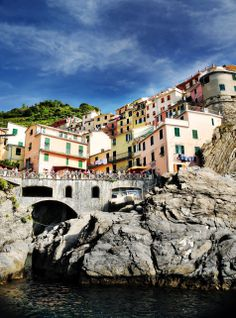 http://sduptownnews.com/wp-content/uploads/2011/02/Village-of-Manarola-Cinque-Terre-Italy-smaller.jpg