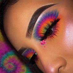 Ave & Lila Glitzer Lippen - Make up - Makeup Makeup Eye Looks, Eye Makeup Art, Colorful Eye Makeup, Crazy Makeup, Skin Makeup, Eyeshadow Makeup, Eyeliner, Eyeshadows, Colorful Eyeshadow