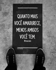 "Eu sou o caos 🌷 no Instagram: ""Concorda??? #soucaos"" Letter Board, Lettering, Instagram, Books, Texts, Frases, Friendship, Libros, Book"