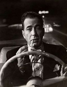 """There's no sacrifice too great for a chance at immortality."""" - Humphrey Bogart as Dixon Steele in the noir classic """"In a Lonely Place. Hollywood Actor, Golden Age Of Hollywood, Vintage Hollywood, Hollywood Stars, Classic Hollywood, Hollywood Party, Humphrey Bogart, Lauren Bacall, Cary Grant"""