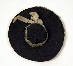 Little hat for an 18th century doll.