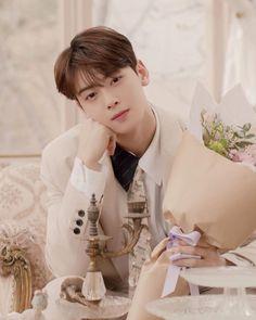 Learn Thai Language, Solo Male, Astro Wallpaper, Lee Dong Min, Movie To Watch List, Pretty Boy Swag, Eunwoo Astro, Cha Eun Woo Astro, Cute Asian Guys