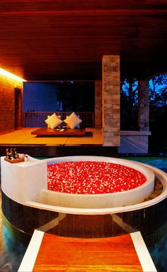 This tub for Two is located in your private wrap around infinity pool located in your indoor/outdoor bathroom with separate showers and ocean views. You really have to see it to believe it.  I literally jumped up and down and clapped my hands when I laid my eyes on it ...#romantic