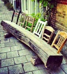 Was man aus einem Baumstamm und alten Stühlen machen kann...