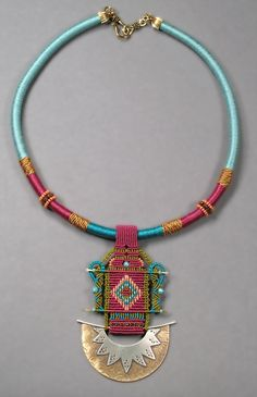 This amazing #ethnic #tribal #necklace would work wonders with our clothes!
